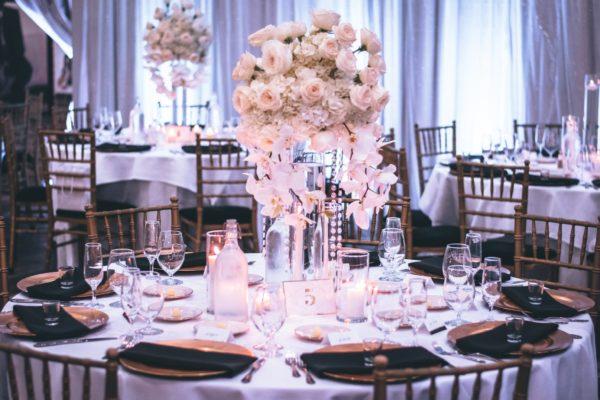 Na čom svadobným hosťom príliš nezáleží?